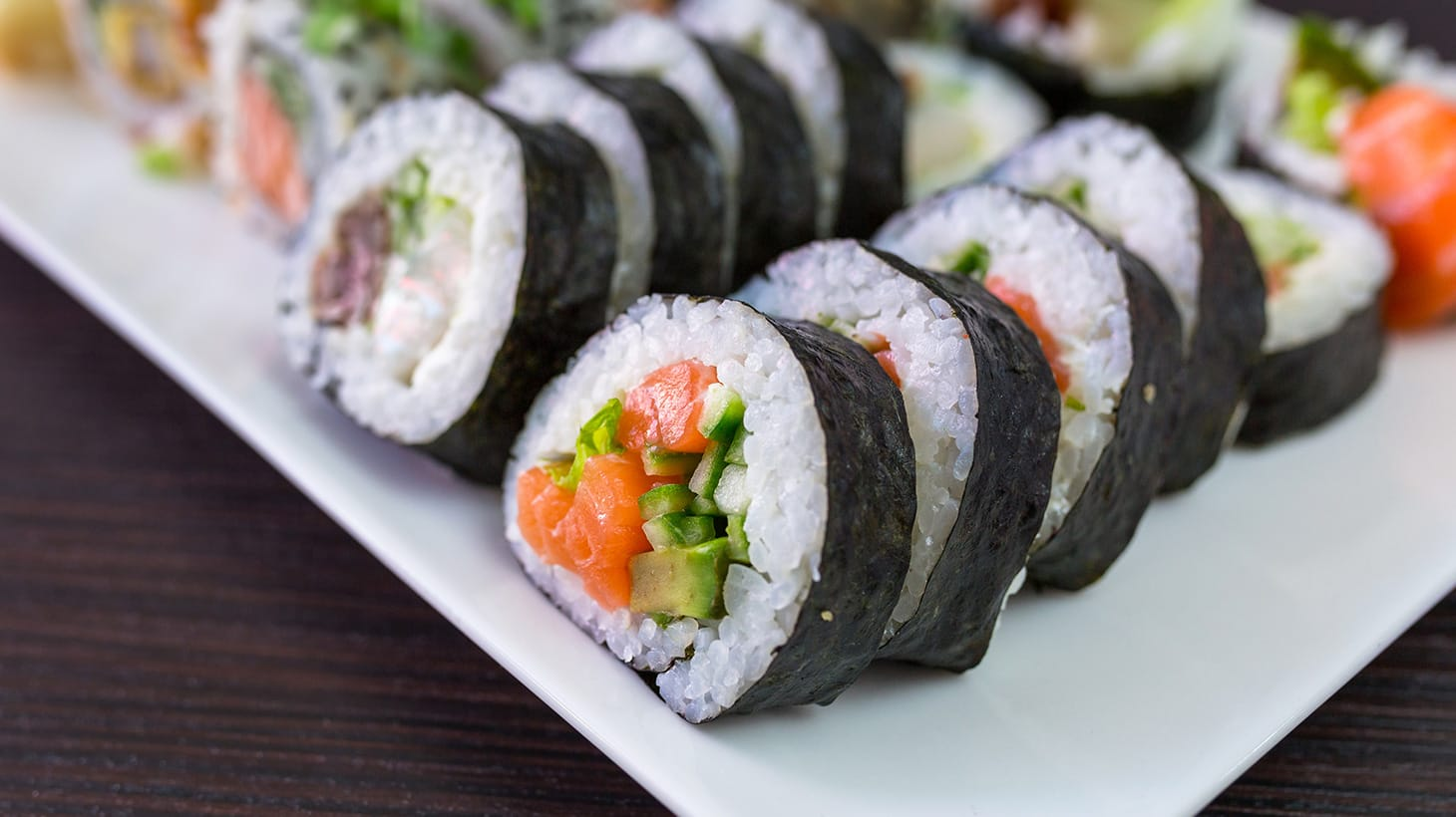 Cater Your Next Party with a Fresh and Delicious Sushi Platter from $25! - Sushi Lian