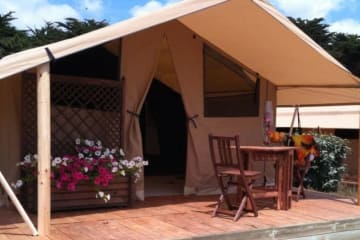 Equipped Tent for rent Cabanon (without toilet blocks) - Domaine des Forges