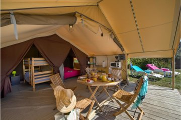 NATURA tent 25m² - 2 bedrooms - Half-covered terrace / without toilet blocks (3 years old) - Des Albères
