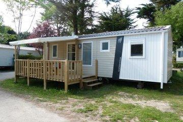 Mobil-home Grand Family Espace 3 chambres/ 1 salle de bain + terrasse en bois semi couverte - Manoir de Ker An Poul