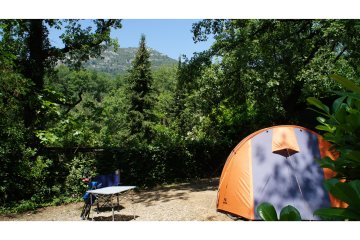 Pitch Grand Confort Small tent - Les Cent Chênes