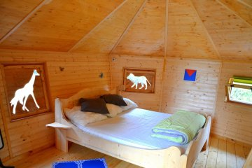 Wooden cabin DEMOISELLES (2 adults + 3 children) - 120 ft² / 1 bedroom - Village Flottant de Pressac