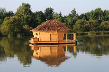 Wooden cabin BALAOU (2 adults + 1 children) - 30m² / 1 bedroom - Village Flottant de Pressac