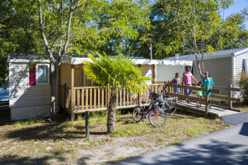 Mobile-home 2 bedrooms - adapted to the people with reduced mobility - La Pointe