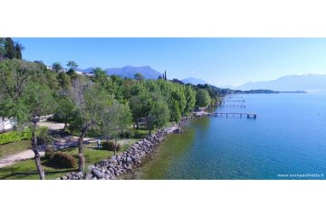 Pitch BLU 1° Row  Lake Area (vehicle + electricity 4A + Water point) 80 m² - Europa Silvella