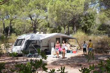 Package 2P RELAX ** : Caravan or Tent / Auto and 10 amp including - La Bastiane