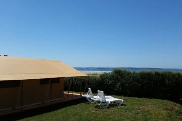 Tente Safari Vue sur mer - La Plage de Tréguer
