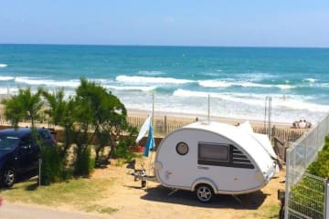 Package first row from the sea: Pitch +  tent , caravan or camping-car + electricity + water and ... - Les Méditerranées - Nouvelle Floride