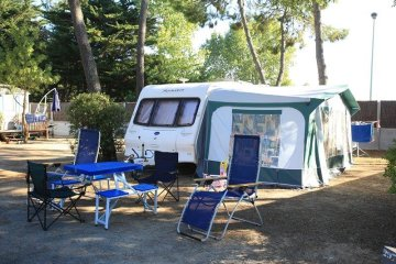 Camping pitch 85-100m² - Les Genets