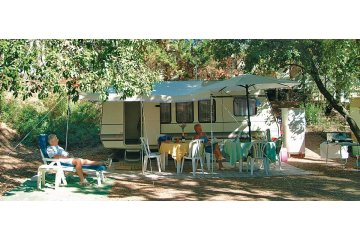 Pitch package Confort - car, caravan - Holiday Green