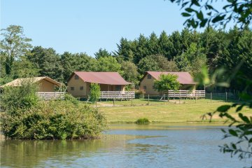 Glamping Safari Lodge PREMIUM, 64m², 3ch, - Village de la Guyonnière