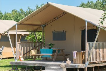 Glamping Woody Lodge 2bedrooms, 35m², without bathroom - Village de la Guyonnière
