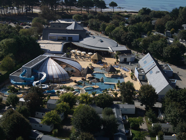 The Water Dome of campsite L'Escale Saint Gilles