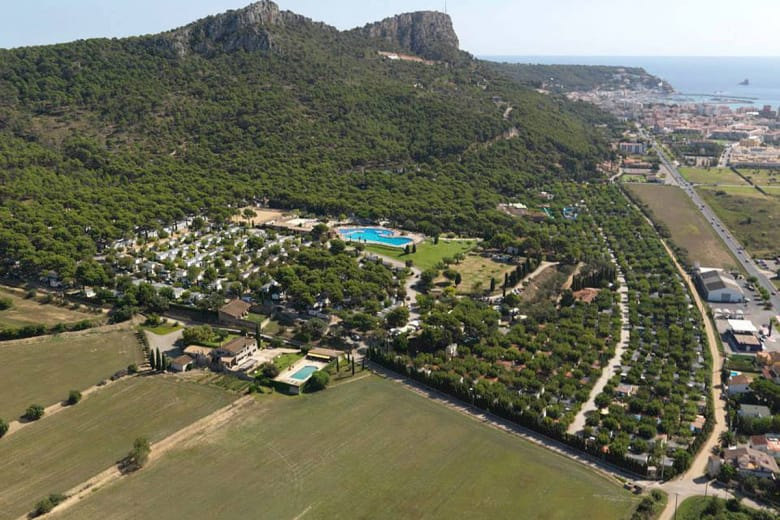 camping luxe castell montgri