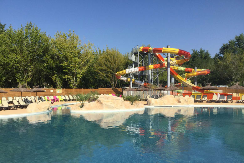 camping luxe chateau de fonrives