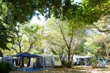 Emplacement voiture et tente, caravane ou camping-car - L'Argentière