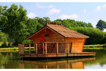 Cabane flottante Ange des Mers (2 adultes + 1 enfant) - 30 m² / 1 chambre - Village Flottant de Pressac