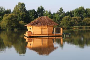 Cabane flottante Balaou (2 adultes + 1 enfant) - 30 m² / 1 chambre - Village Flottant de Pressac