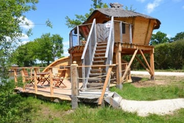 Cabane Familiale sur pilotis TAHIA - Village Flottant de Pressac
