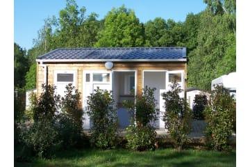 Emplacement Sanitaire Privatif - Electricité 10 A - Eau - Evacuation - - Parc de Fierbois