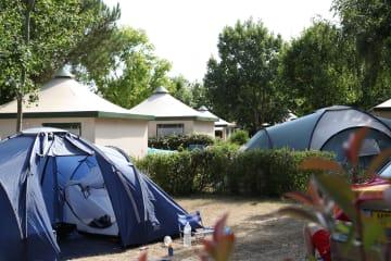 Emplacement en camping + 1 véhicule - L'Orée de l'Océan