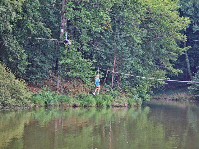 Le Parc Aventure du camping Parc de Fierbois