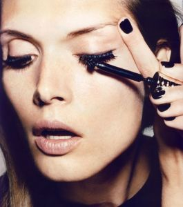 LUXit Lash Hacks: Our Top 3 Tips Your Best Lashes Ever