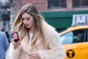 Read more about the article 10 Beauty Apps You Need Now