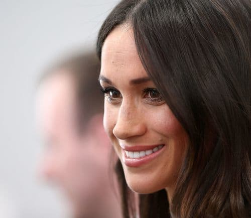 Read more about the article Our top 3 hairstyles Meghan Markle has rocked!