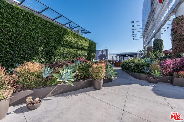 6250 Hollywood Boulevard, Unit 4F photo