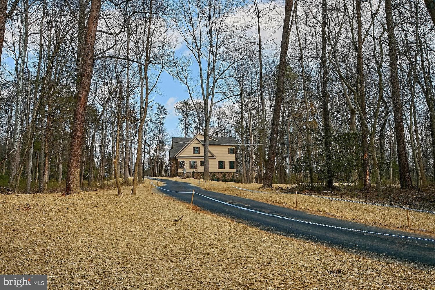 2109 Whippoorwill Rd photo