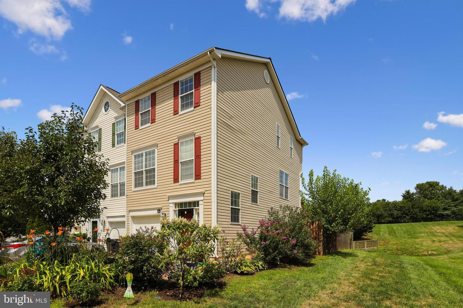 9201 Acer Ln photo
