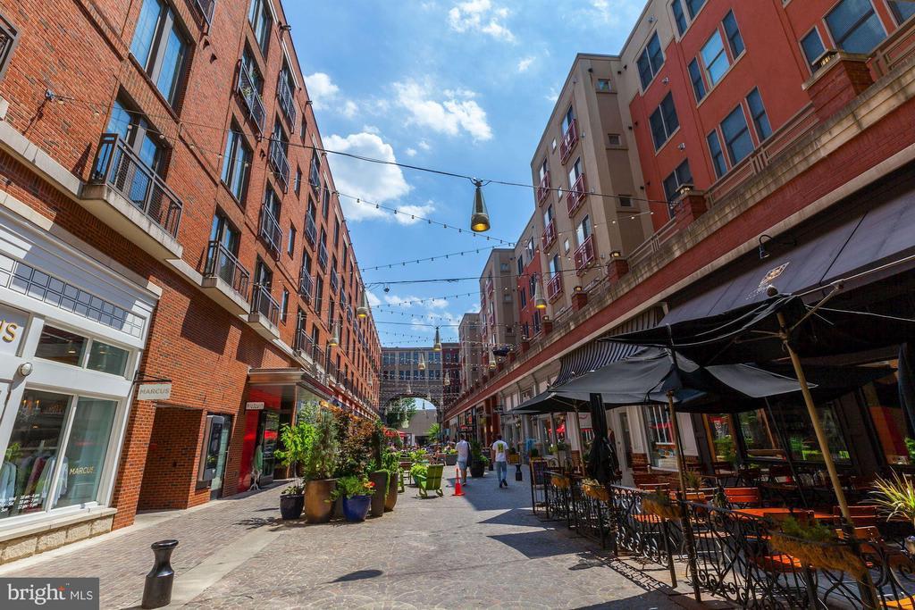 6917 Granby Street photo
