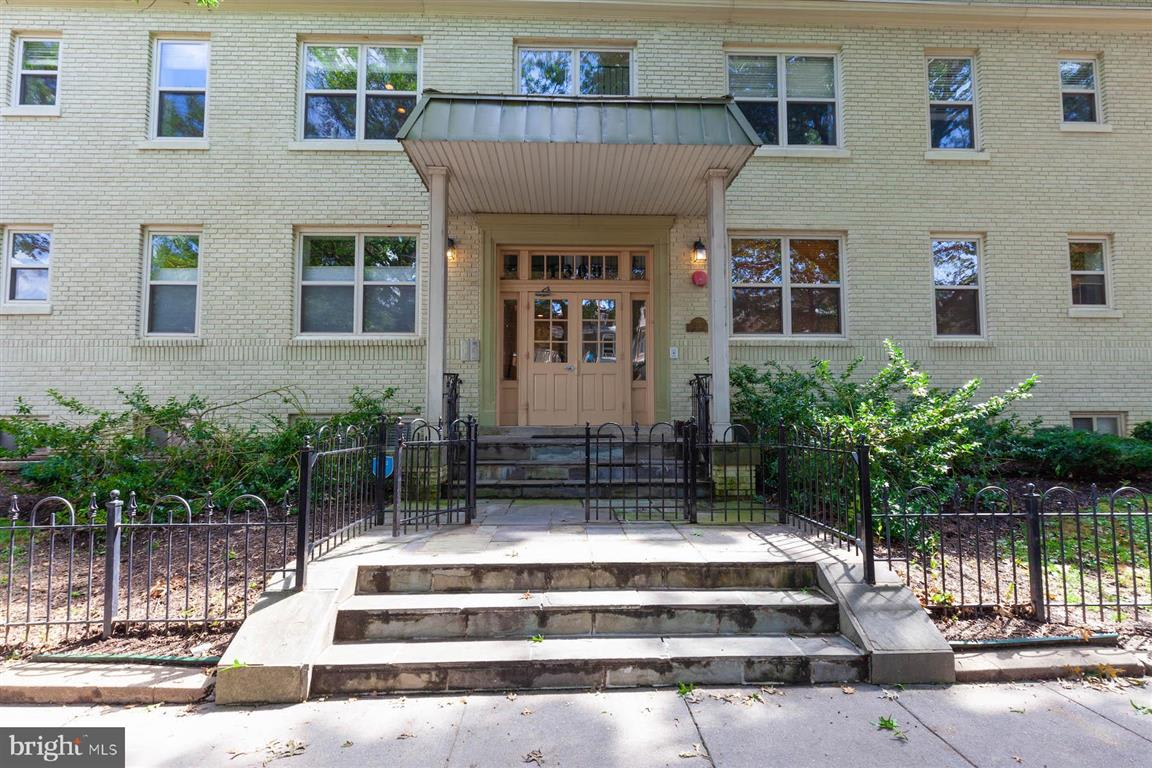 1300 Taylor St NW, #102 photo