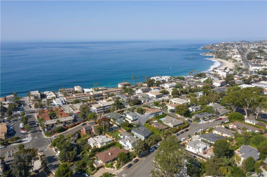 683 Catalina St photo