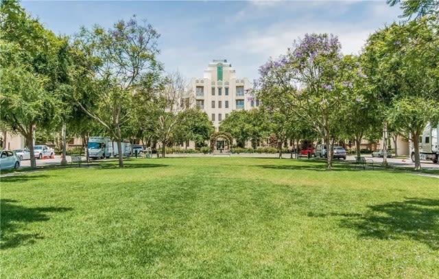5625 Crescent Park W, Unit 406 photo