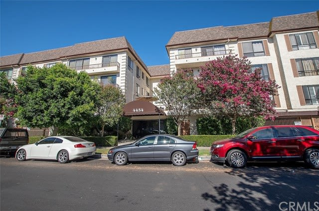 4454 Ventura Canyon Ave, #305 preview