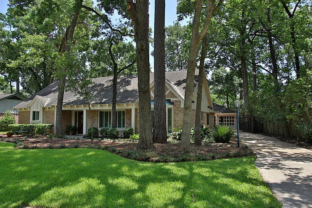 318 Wycliffe Dr photo