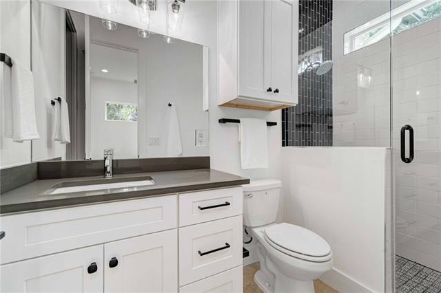 5601 Jackie Robinson St Unit #2 preview