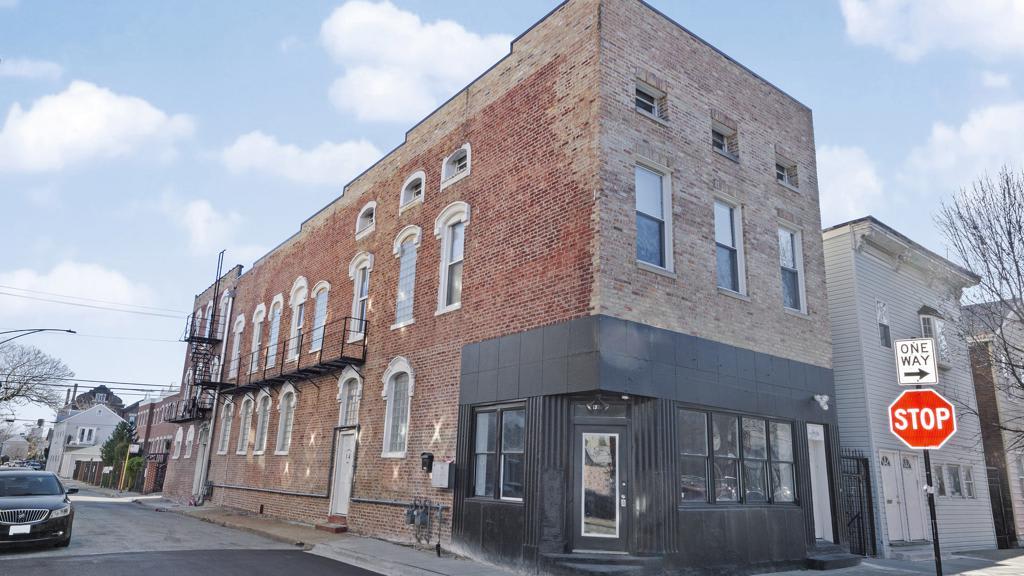 1925 S Racine Avenue # 2R photo
