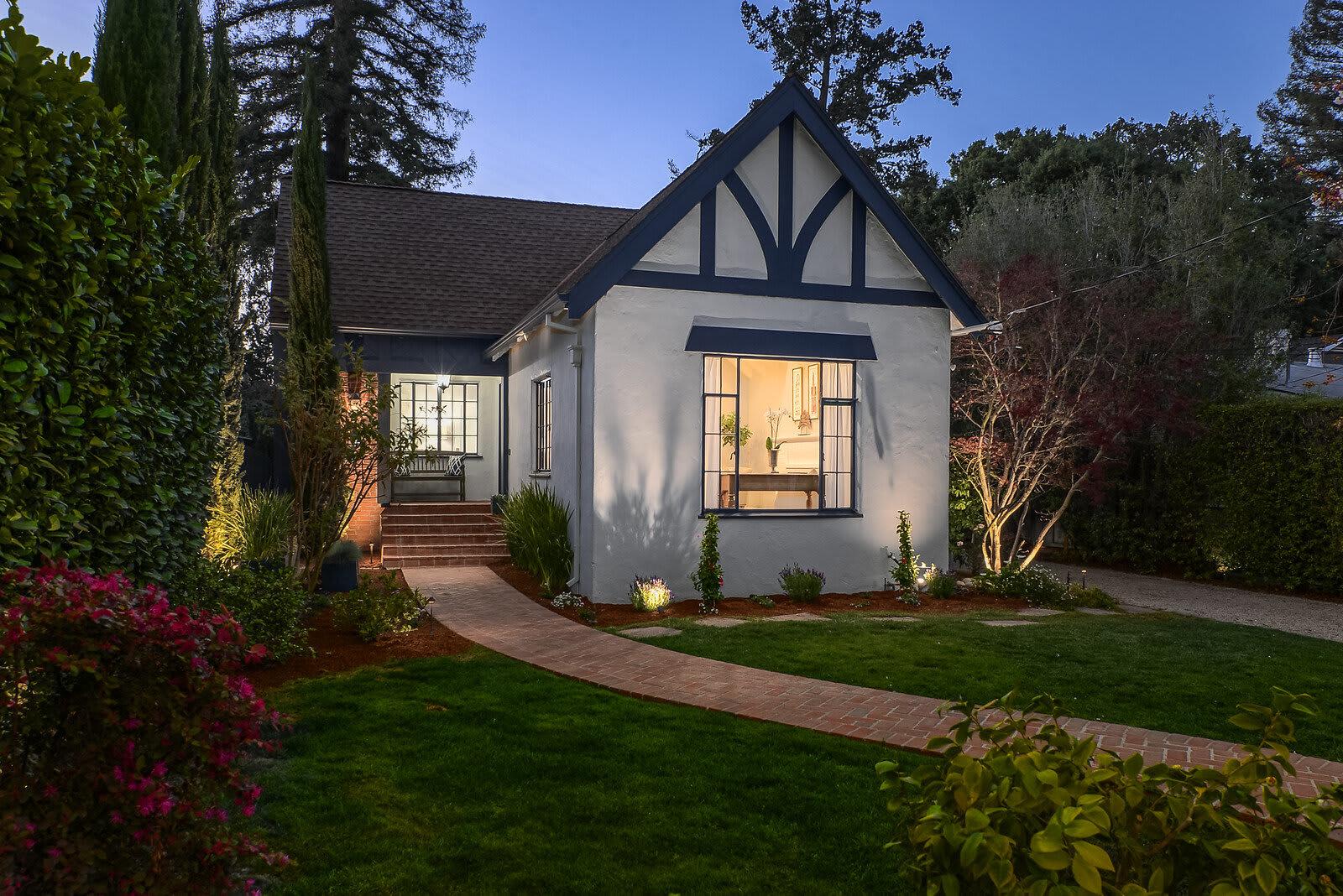 127 Rinconada Avenue, Palo Alto photo