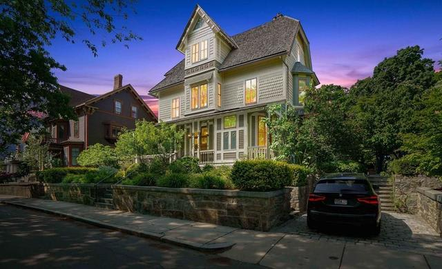 40 Greenough Ave preview