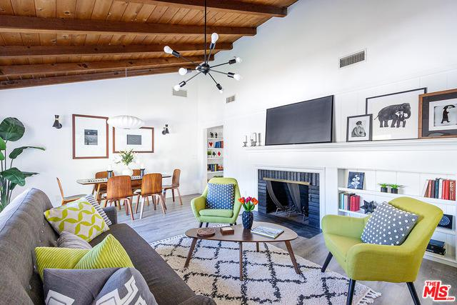 5280 Woodlake Ave, Woodland Hills preview