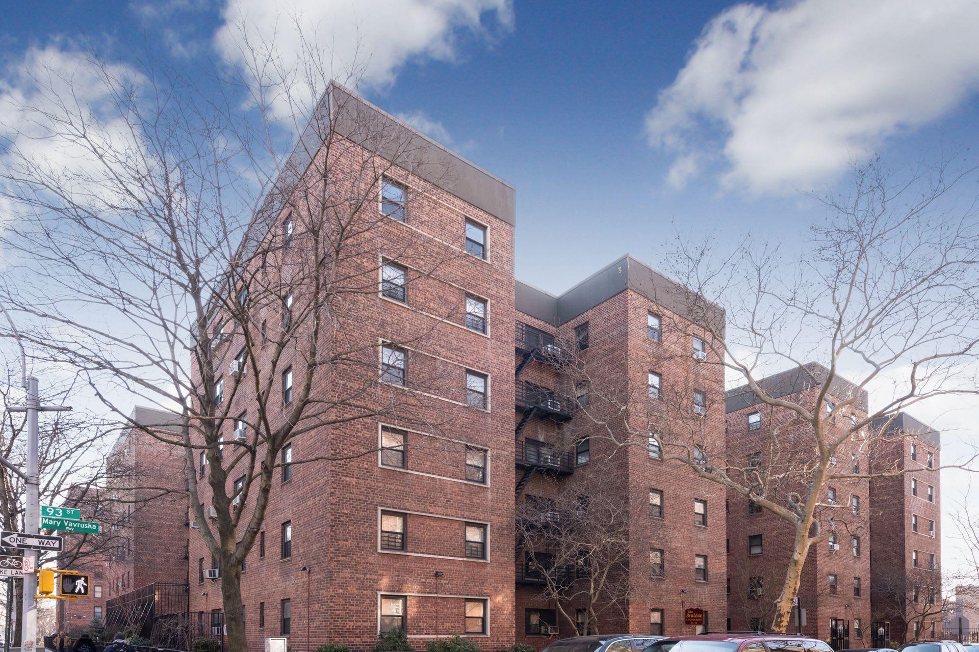 34-11 93rd Street Unit 3H photo