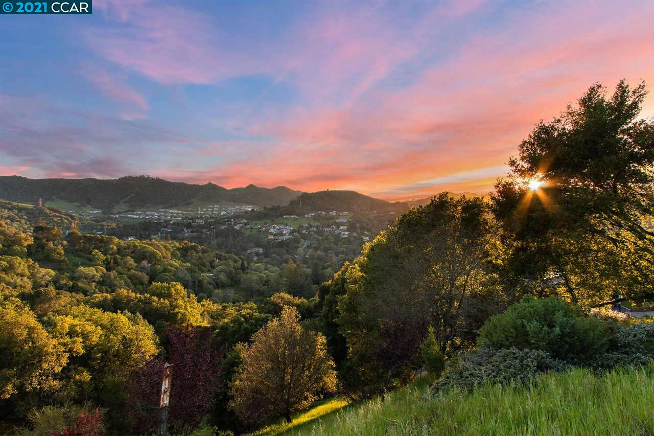 120 Scenic Drive | Represented Buyer  photo