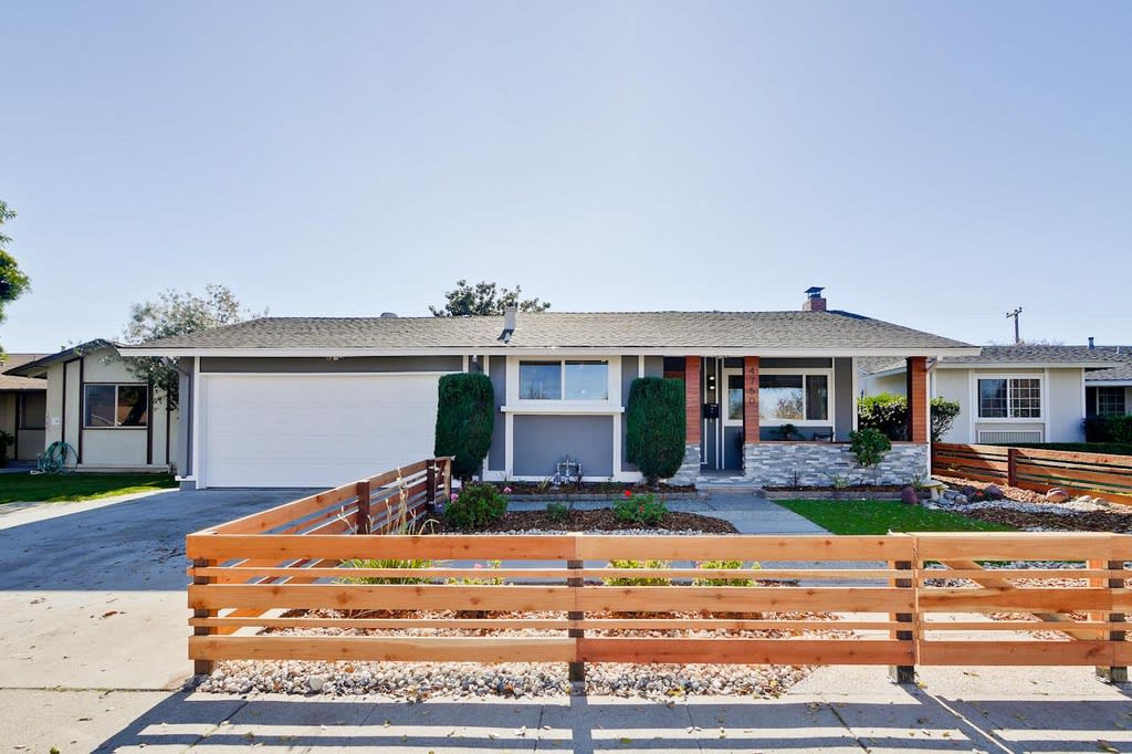 4750 Grimsby Dr photo