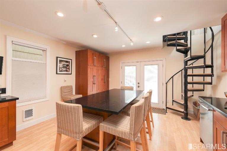 523-525 7th Ave photo