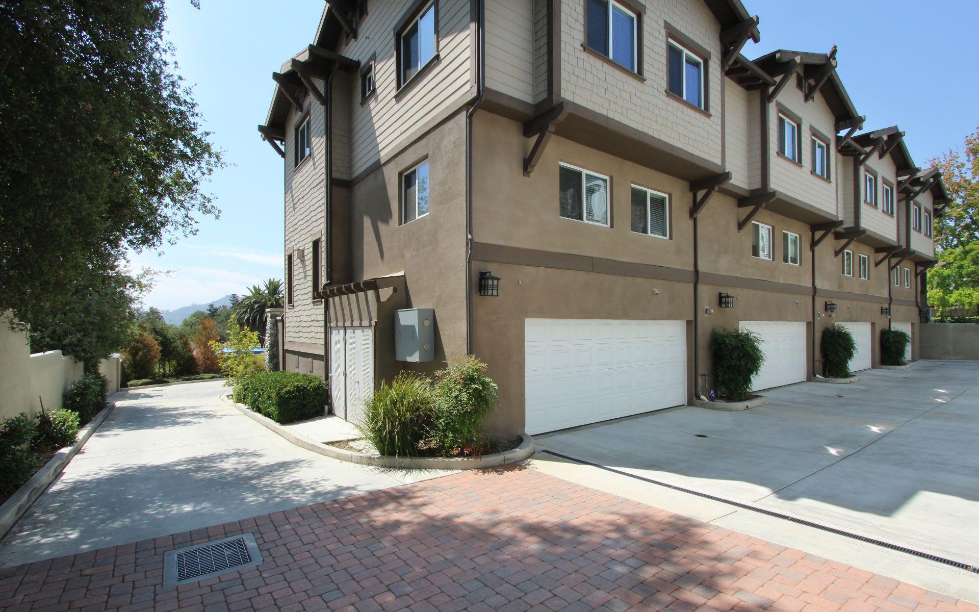 1705 N Fair Oaks Ave # 105 photo