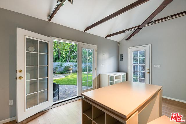 11720 Califa Street preview