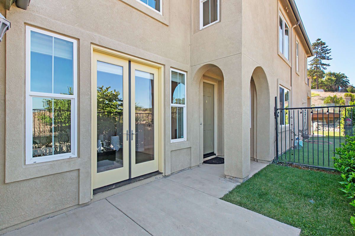 310 Mission View Way photo
